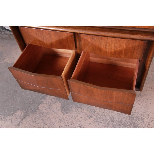 Mid-Century Modern Sculpted Walnut Diamond Front Highboy Dresser by United For Sale - Image 9 of 13