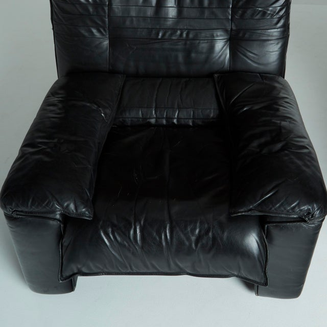 Black Leather Italian Club Chairs - Pair - Image 9 of 11
