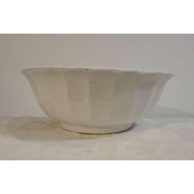 19thc Large English Ironstone Serving Bowl For Sale In Los Angeles - Image 6 of 6