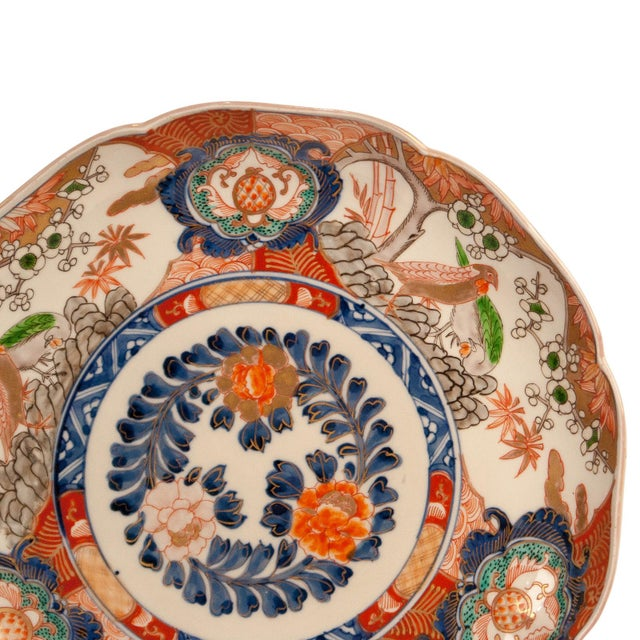 A late 19th Century Imari porcelain charger, Japan circa 1880