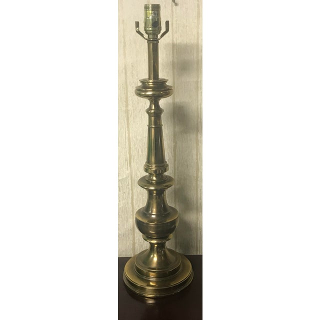 Beautiful Vintage Brass Hollywood Regency Style Table Lamp. Lamp hardware included.