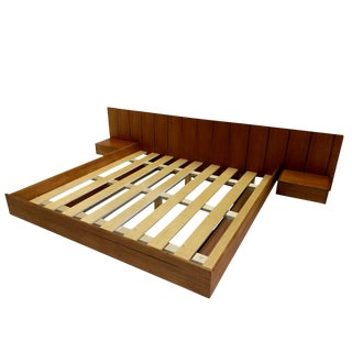 Teak King Mid Century Danish Inspired Floating Platform Bed & Nightstands Made in Usa For Sale