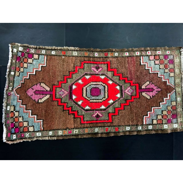 "Art Deco 1960's Vintage Distressed Turkish Anatolian Rug-1'7'x3'2"" For Sale - Image 3 of 6"