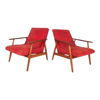 Pair of Vintage Modern Lounge Chairs For Sale