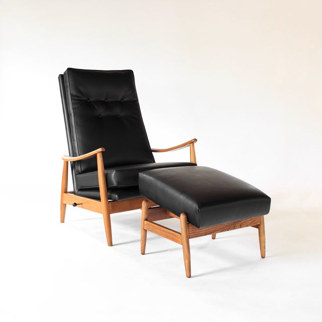 Mid-Century Modern Vintage Milo Baughman Recliner and Ottoman Lounge Chair for James Inc. For Sale - Image 3 of 12