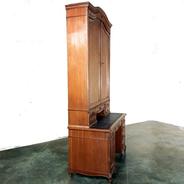 Traditional Grand 19th Century Louis Philippe Mahogany Desk With Bookcase For Sale - Image 3 of 13