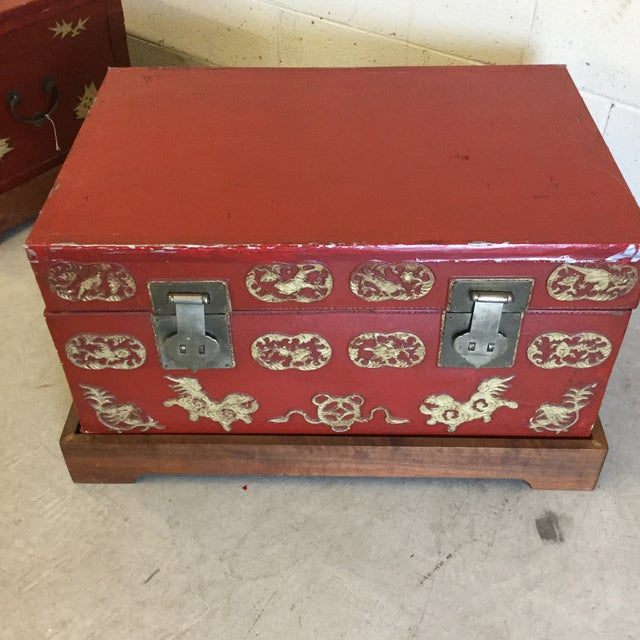 Red and Gold Lacquered Chinese Trunks - a Pair For Sale - Image 4 of 13