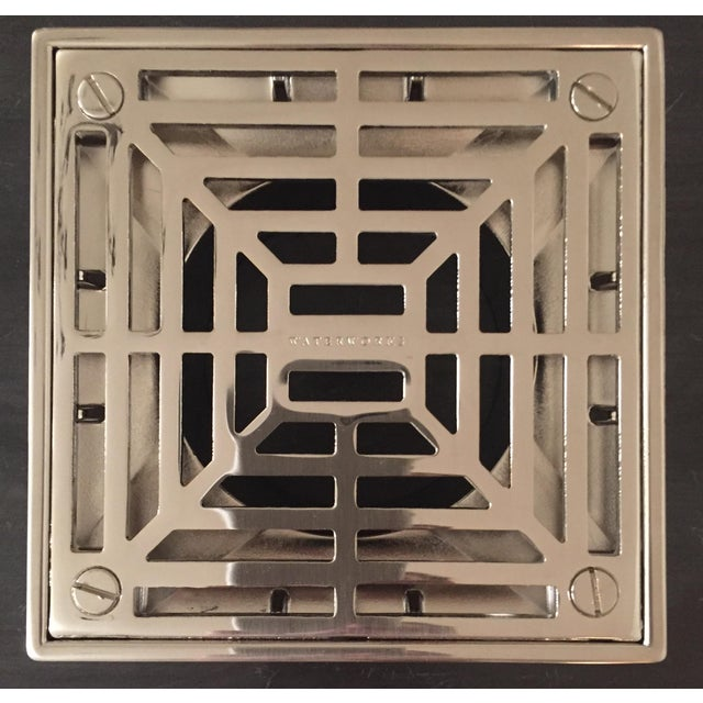A five inch square geometric face plate, clean and timeless design. Made with brass materials. Can handle 17 gpm. Brand...