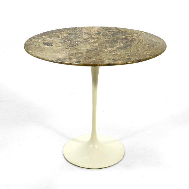 Knoll Eero Saarinen Tulip Side Table With Marble Top For Sale - Image 4 of 12