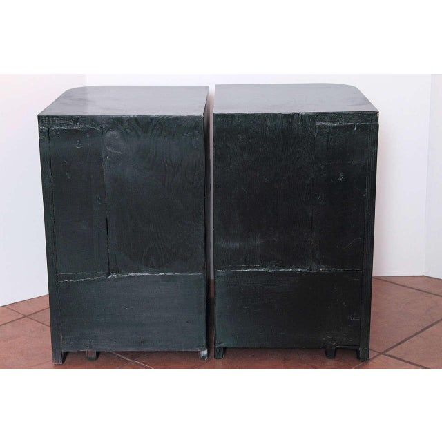Modernage Furniture Company Streamline Pair of Modernage Art Deco Bookend Matched Ebonized Nightstands For Sale - Image 4 of 11