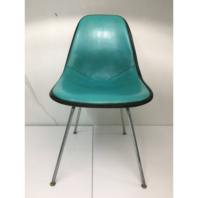 Vintage Molded Side Chair in Turquoise Naugahyde by Charles Eames for Herman Miller For Sale - Image 13 of 13