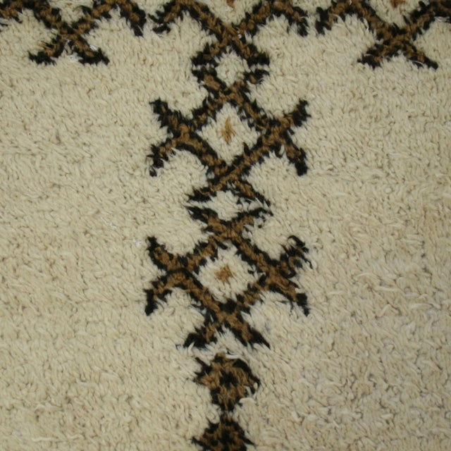 "Moroccan Beni Ourain Carpet - 5'5"" X 7'3"" - Image 5 of 5"