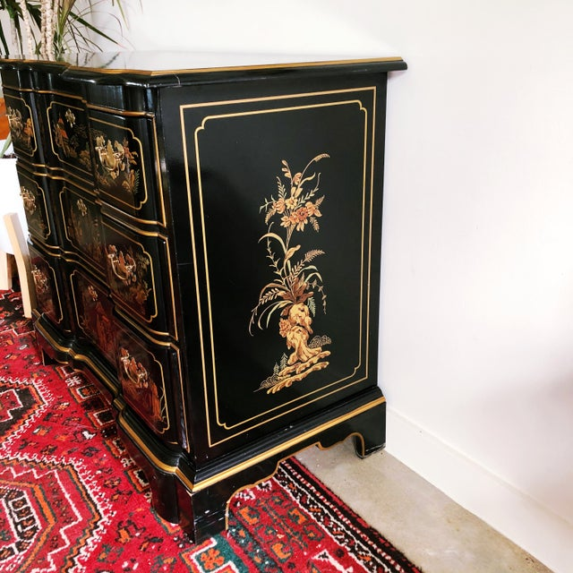 Mid 20th Century Drexel Heritage Et Cetera Collection Hand-Painted Chinoiserie Dresser For Sale - Image 5 of 11