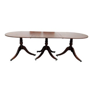 20th Century Georgian Style Triple Pedestal Dining Room Table For Sale