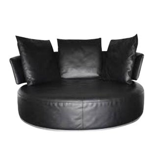 Antonio Citterio for B&b Italia Black Leather Maxalto Amoenus Round Sofa