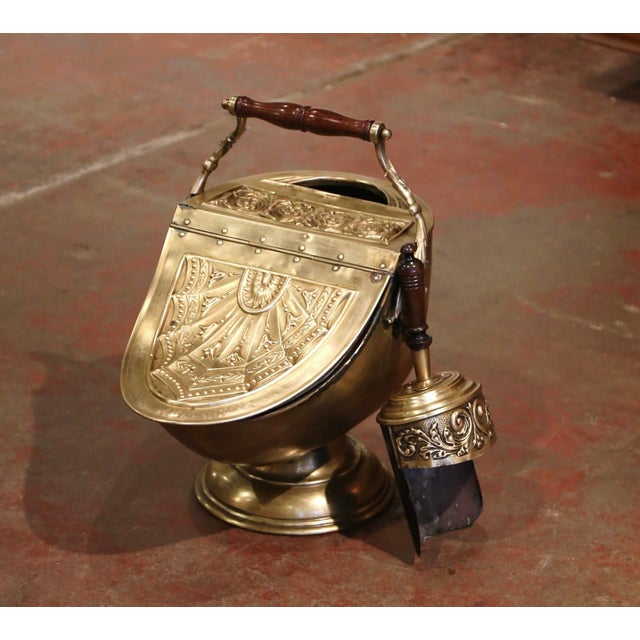 19th Century English Victorian Repousse Brass Coal Bucket With Original Scoop For Sale - Image 9 of 13