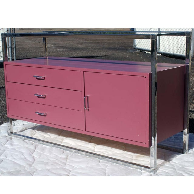 Mid-Century Modern 1970s Mid-Century Modern Chrome and Pink Lacquer Bar Cabinet For Sale - Image 3 of 7