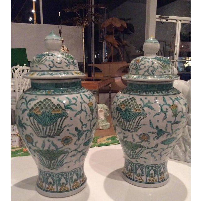 Vintage Green Asian Oriental Greek Key Hollywood Regency Ginger Jars - a Pair For Sale - Image 9 of 11