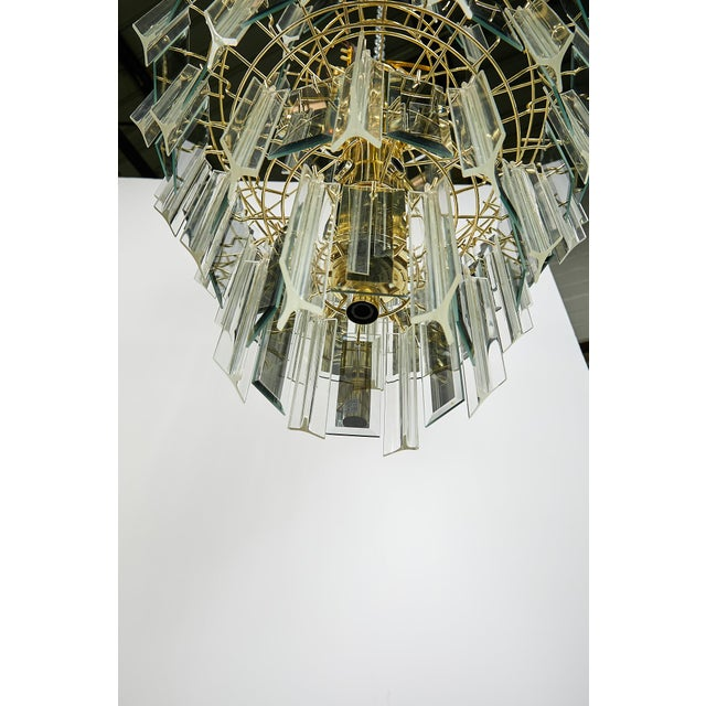 Vintage Italian Waterfall Chandelier With Lucite and Mirrored Prisms For Sale In Atlanta - Image 6 of 13
