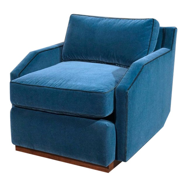DJ Chair Six Prototype - Image 1 of 8
