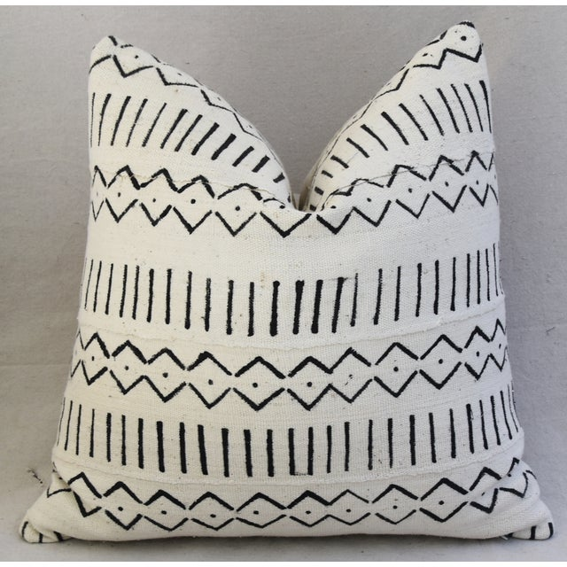 Boho-Chic Mali Mud Cloth Tribal Design Pattern Pillows - A Pair For Sale In Los Angeles - Image 6 of 10