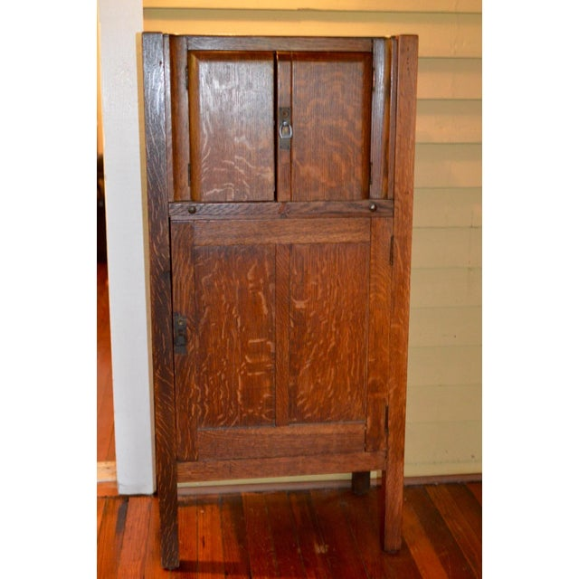 This is a circa 1925 Mission oak Prohibition Era liquor cabinet with locking door. Maker unknown, however it's unlikely...