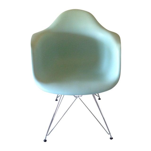 Eames Aqua Eiffel Chair for Herman Miller. For Sale
