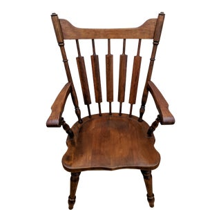 Temple Stuart - 1950s Early American Solid Maple Cattail Back Dining Arm Chair For Sale