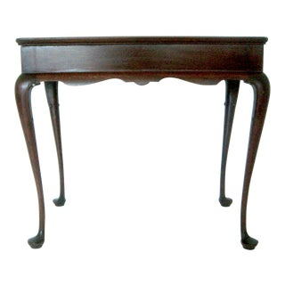 Elegant Chippendale Mahogany Traditional Side or Tea Table by Biggs, Virginia For Sale