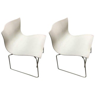 1983 Knoll Vintage White Handkerchief Side / Office Chairs - A Pair For Sale