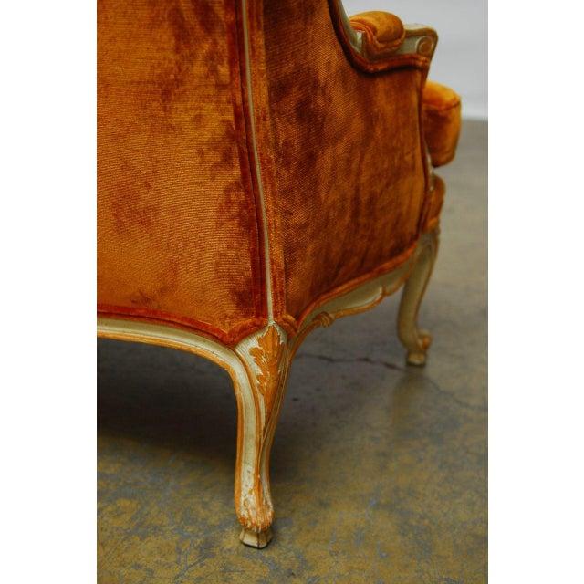 French Louis XV Velvet Wingback Settee For Sale - Image 7 of 7
