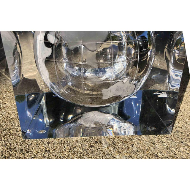 1970s Alessandro Albrizzi Ice Bucket With Incised Globe in Lucite For Sale - Image 9 of 12