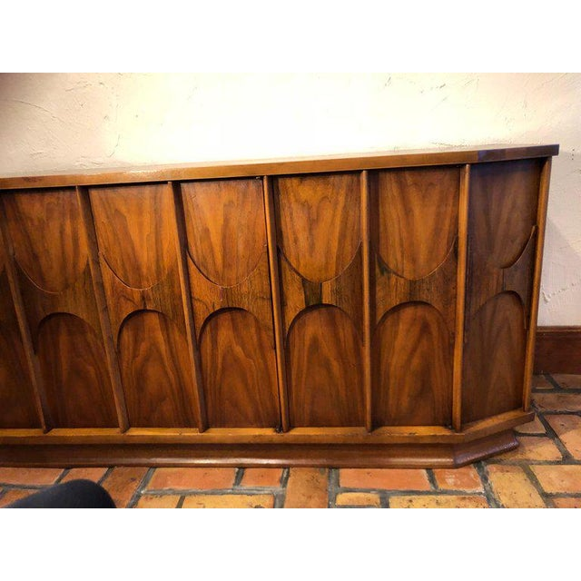 Mid-Century Modern Brutalist Credenza Kent Coffey Style For Sale In New York - Image 6 of 13