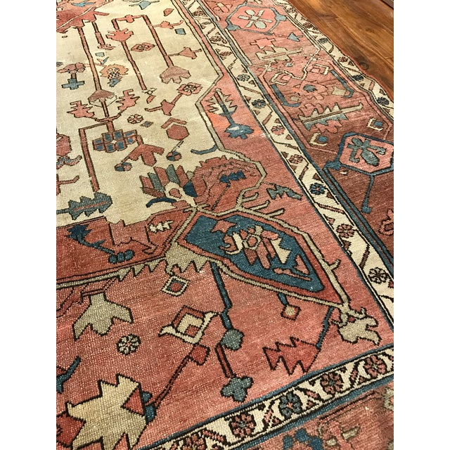 Late 19th Century Antique Persian Serapi Rug For Sale - Image 5 of 6