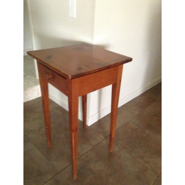 Handcrafted Pennsylvania Shaker Style Accent Table For Sale - Image 5 of 5