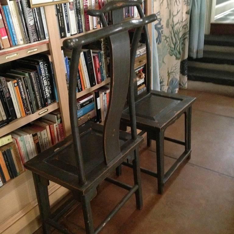 Pair of Chinese Yoke-Back Painted Wood Side Chairs - Image 5 of 8 & Fine Pair of Chinese Yoke-Back Painted Wood Side Chairs | DECASO