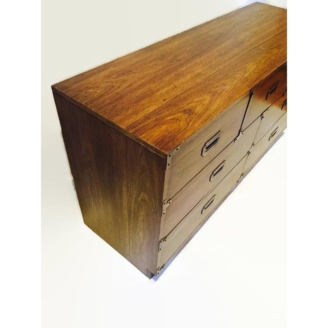 Vintage Iconic Campaign Dresser Low Credenza With 7 Drawers - Image 6 of 10