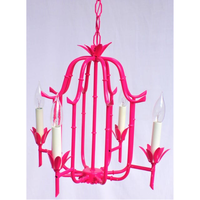 1960s Palm Beach Regency Faux Bamboo Lacquered Tole Chandelier For Sale - Image 5 of 9
