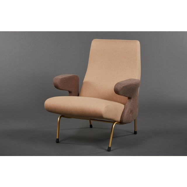 """1950s Pair of """"Delfino"""" Armchairs by Erberto Carboni Manufactured by Arflex For Sale - Image 5 of 10"""