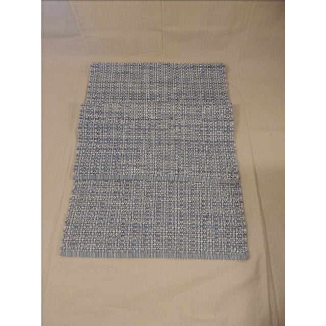 Offered is a blue and white Elizabeth Eakins rag runner rug. with a basket weave pattern. American made circa 1990....