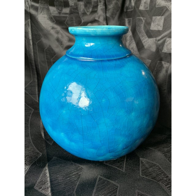 Offered here is an early 20th century Lachenal Art Nouveau art pottery stoneware vase. The vase is in simple spherical...