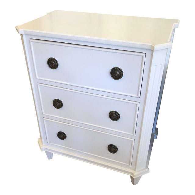 White Painted Chest of Drawers Nightstand For Sale