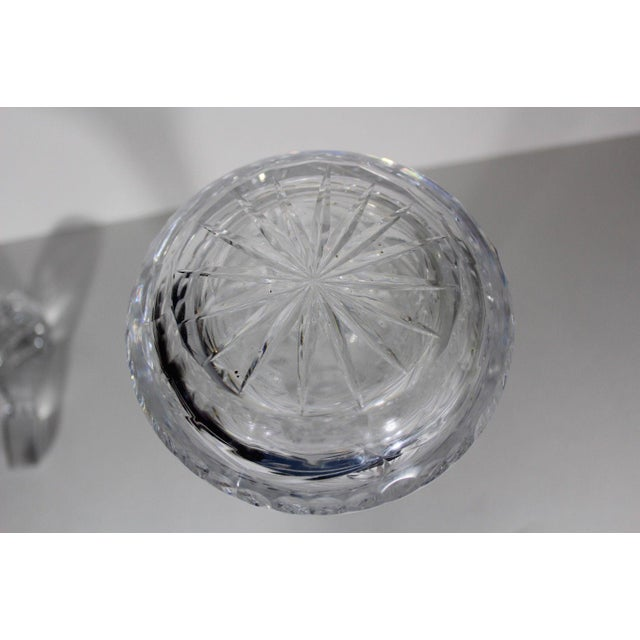 1960s Vintage Mid-Century Modern Starburst Print Crystal Tall Wine Decanter Barware For Sale - Image 5 of 8