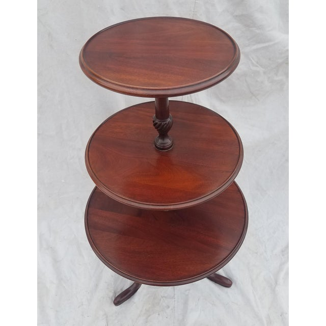 1990s Hickory Chair Co. 3 Tiered Mahogany Dumbwaiter/Butler Table Stand For Sale In Phoenix - Image 6 of 11