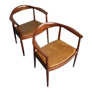 "Hans Wegner the ""Round Chair"" in Oak - Set of 2"
