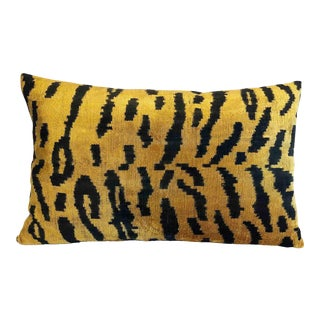 Silk Velvet Tiger Accent Lumbar Pillow For Sale