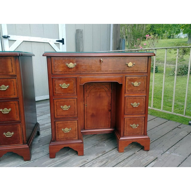 Hickory Chair Furniture Company Hickory Chair Mahogany Mount Vernon Bureau Tables - a Pair For Sale - Image 4 of 13