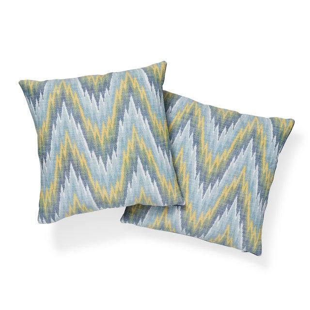 "Contemporary Contemporary Schumacher Ibiza Flamestitch Pool Cotton Linen Pillow - 20ʺW × 20""H For Sale - Image 3 of 7"
