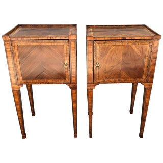 Pair of Late 18th Century Neoclassical Italian Commodes/End Tables For Sale