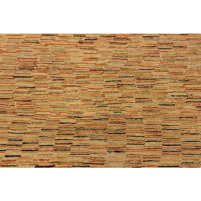 Textile Gabbeh Peshawar Blair Tan/Rust Hand-Knotted Wool Rug -3'2 X 5'0 For Sale - Image 7 of 8